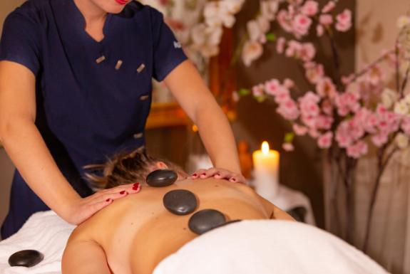 Hot Stone massage | Résidence Wijngaerde